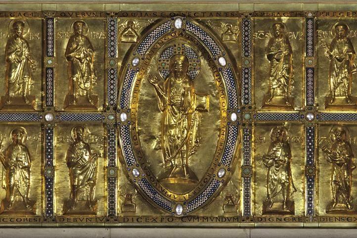 Medieval golden altar frontal, Großcomburg Monastery; photo: Staatliche Schlösser und Gärten Baden-Württemberg, Ina Friedrich