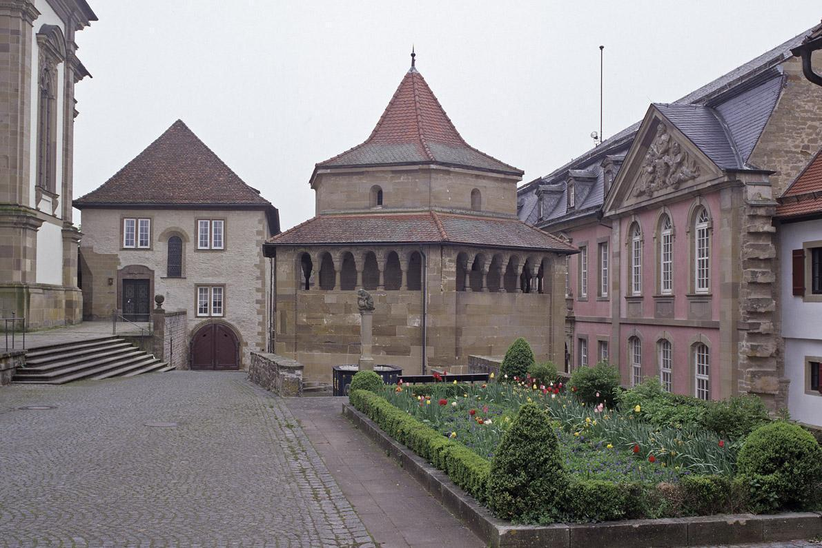 Außenansicht der Sechseckkapelle von Kloster Großcomburg; Foto: Staatliche Schlösser und Gärten Baden-Württemberg, Arnim Weischer
