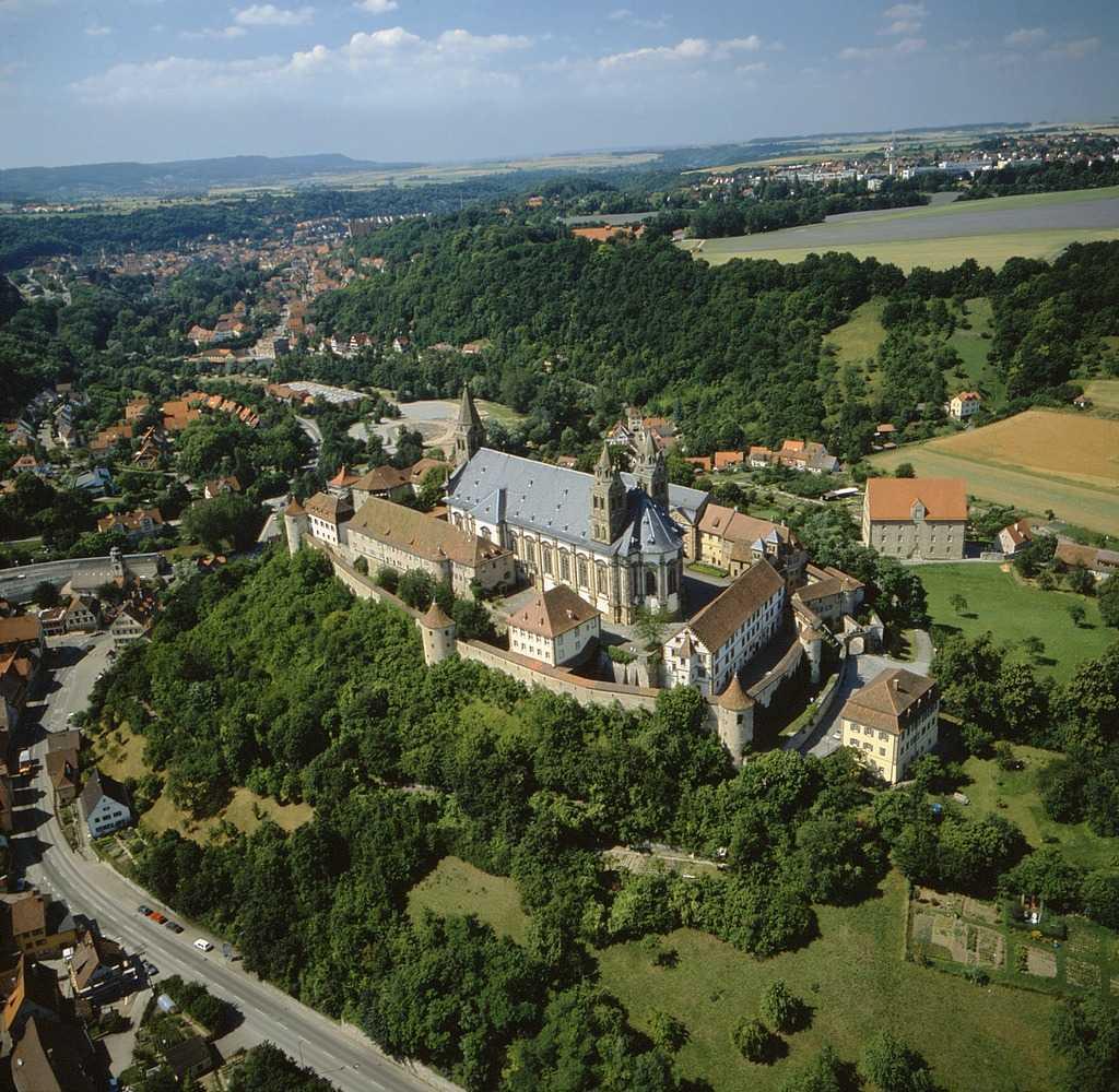 Blick auf die Gesamtanlage des Klosters Großcomburg