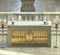 Antependium in der Stiftskirche St. Nikolaus des Klosters Großcomburg
