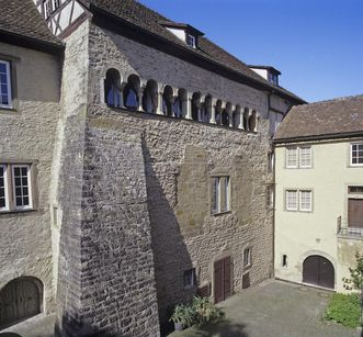Außenansicht der Alten Abtei des Klosters Großcomburg; Foto: Staatliche Schlösser und Gärten Baden-Württemberg, Arnim Weischer