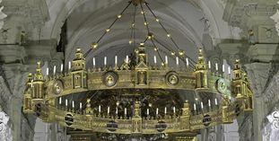 Radleuchter in der Stiftskirche St. Nikolaus des Klosters Großcomburg