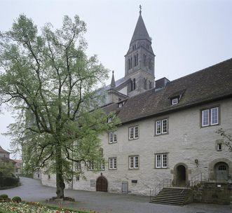 Außenansicht des Adelmannbaus von Kloster Großcomburg