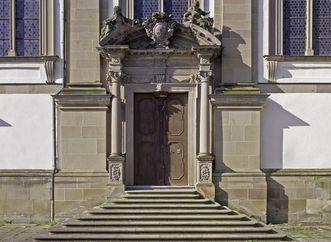 Portal der Stiftskirche St. Nikolaus des Kloster Großcomburg